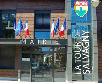 Mairie-tour-salvagny