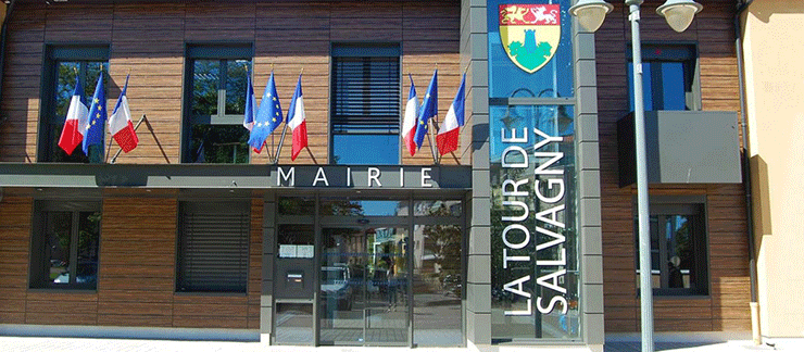 Mairie-tour-salvagny
